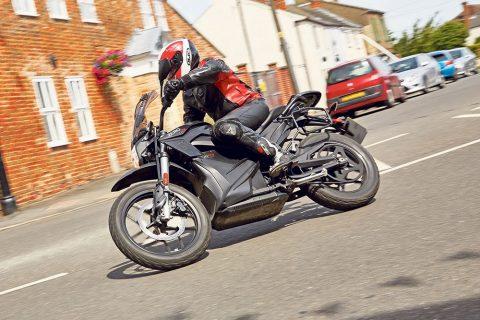 Електрически мотоциклет за всеки ден – Zero DSR