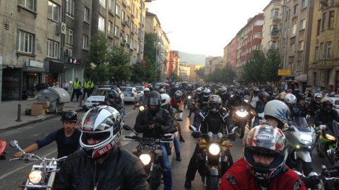 Втора вълна мирни протести готвят мотористите идната седмица, този път и на национално ниво