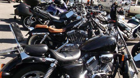Назад към уикенда: Стотици фенове на моторите събра съборът на Atrox MC