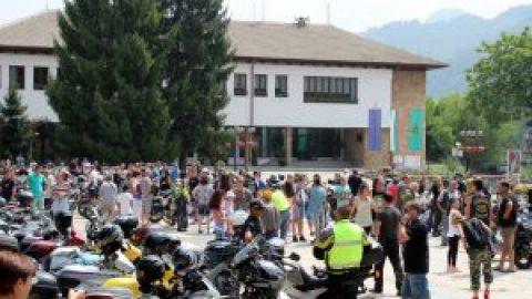 Мотористи от цял свят се включиха в благотворителната мото-среща в Рибарица