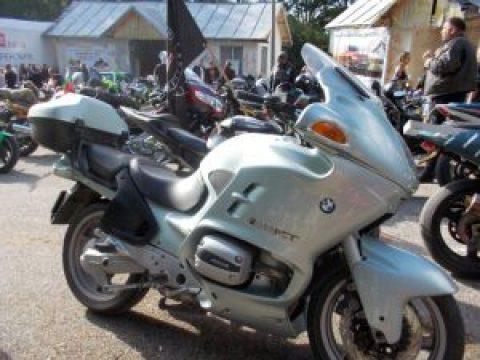 """Над 1000 мотористи посетиха мотосъбора на местността """"Памука"""" (галерия)"""