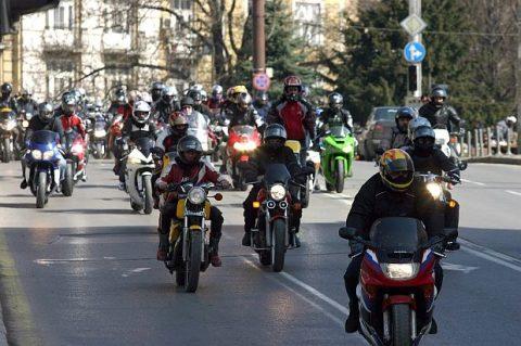 Мотористи призовават: Демонстративно пресичане на Ломско Шосе