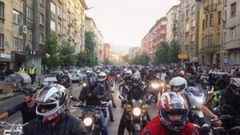 Мотористите призовават за общонационален протест пред съдилищата следващата седмица