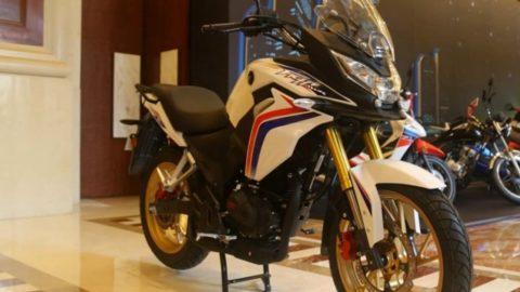 Интересен CBF190X от Honda, показан в Китай (видео)