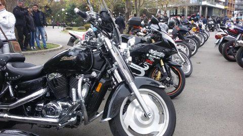 Назад към уикенда: Близо 300 мотористи откриха зимния мото-сезон в Бургас
