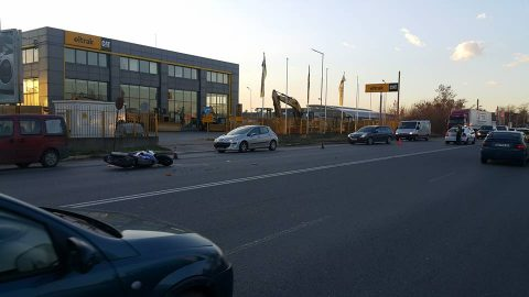 Моторист е ранен, след като шофьор на бус извършва поредния непозволен обратен завой  в София