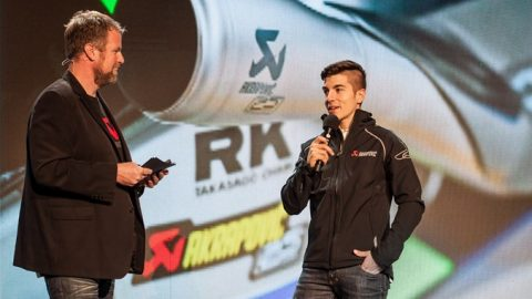 Изненадващо посещение на Маверик Винялес зарадва служителите на Akrapovic