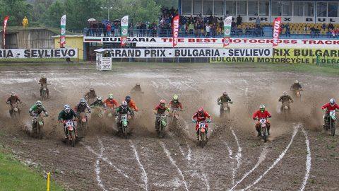 Мотокрос: Силен дъжд и адска кал за старта на състезателния уикенд в Севлиево