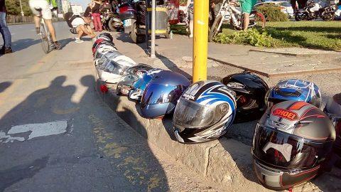 Десетки мотористи почетоха паметта на загиналия си колега