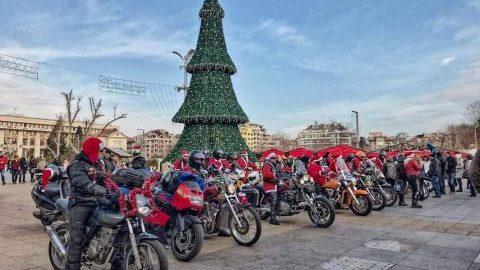 Мотористи, облечени като Дядо Коледа ще раздават подаръци в Бургас и Плевен
