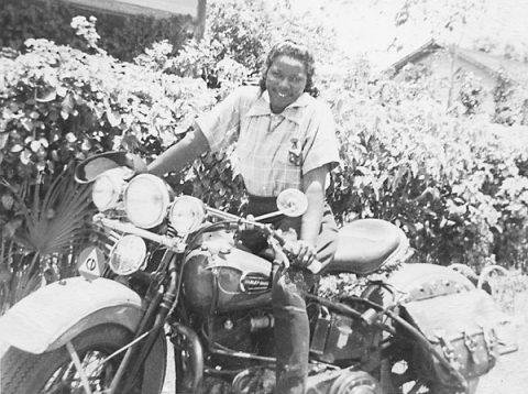 """9 февруари в мотоциклетната история: """"Мотоциклетната кралица на Маями"""""""