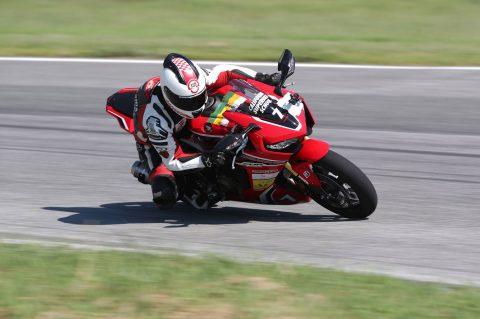 Riders.Live представя: Спирос Кутрас за California Superbike School – Гърция