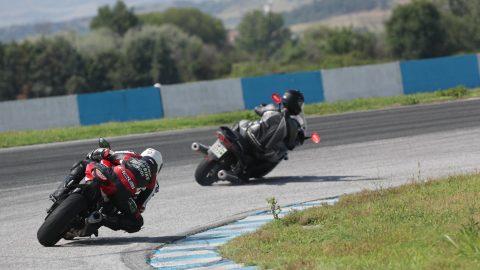 По-малко от месец до третото издание на California Superbike School – Гърция