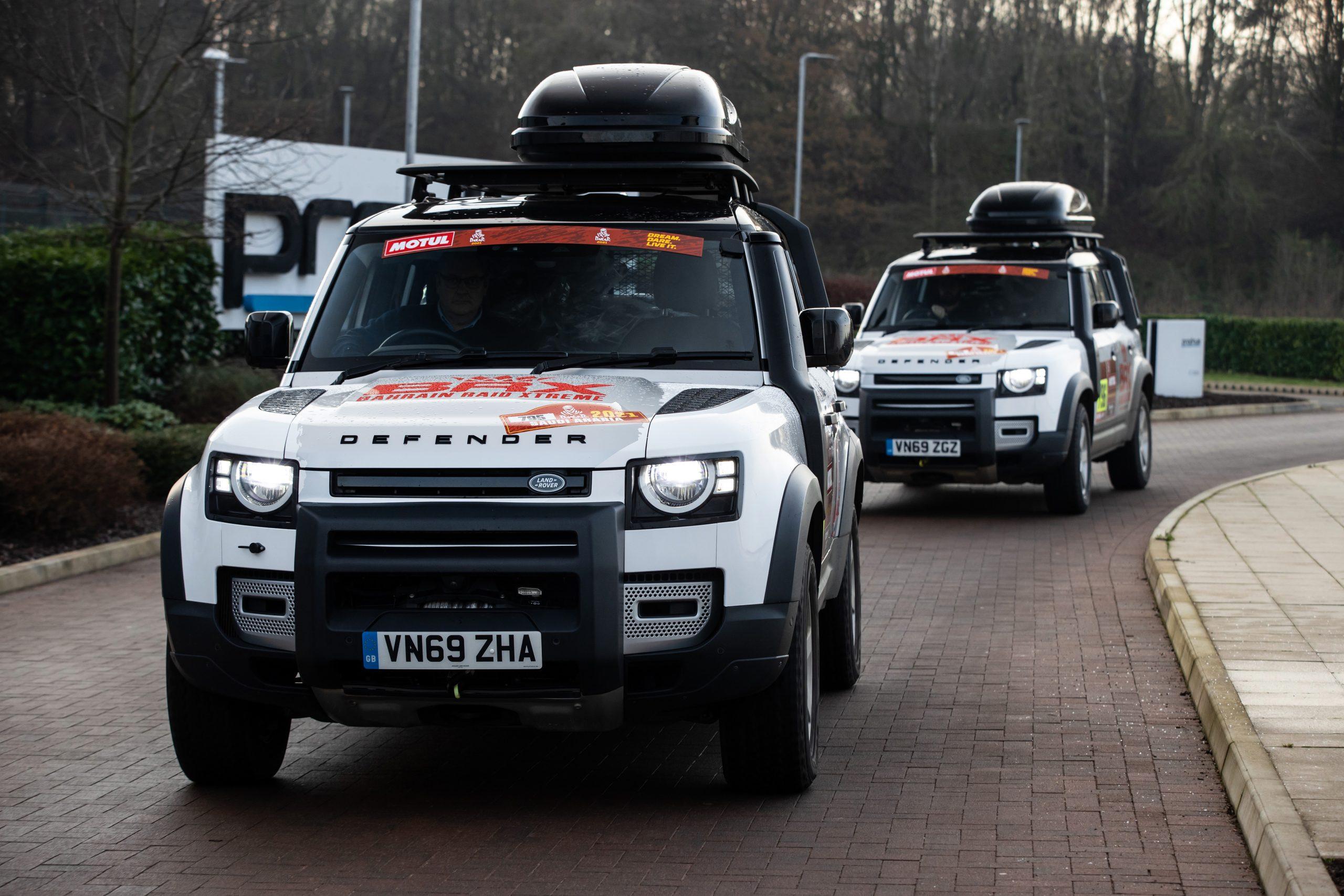 Два автомобила Defender 110 ще бъдат част от рали Дакар ...